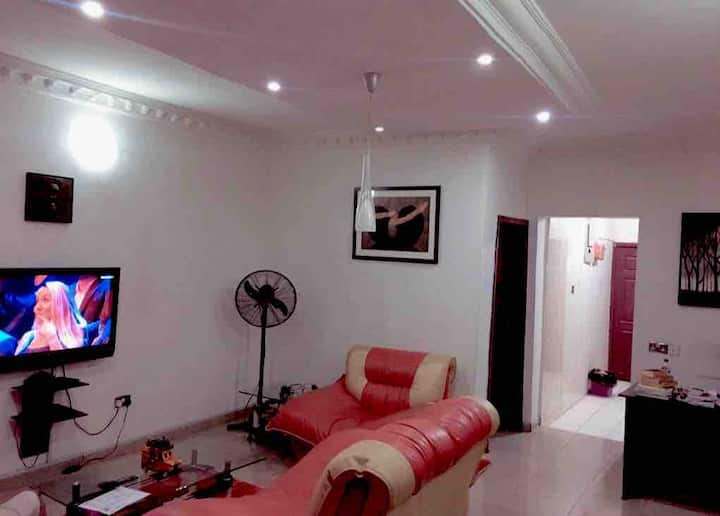 Enjoy your stay in this 2 bedroom apartment