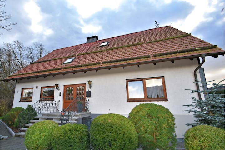 Beautiful apartment in the Harz near Hahenklee with covered balcony