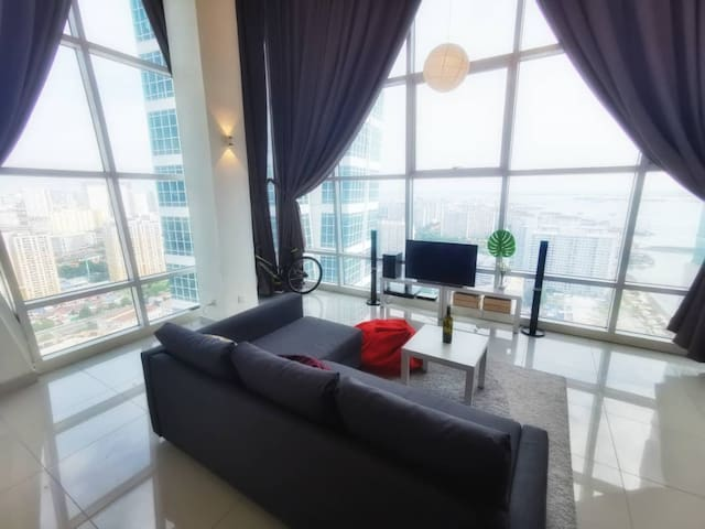 Relaxing at spacious living area with great scenic view