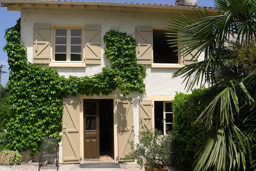 Maison en pierres de 1870 entièrement rénovée