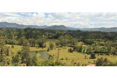 Gorgeous Condo near Int. Airport w Amazing View - Rionegro