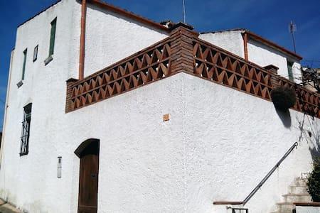 Casa de estilo rural - Sant Iscle de Vallalta - Casa
