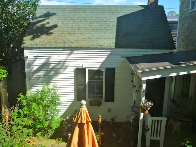 Private Cottage, Town Center - Provincetown - Dom