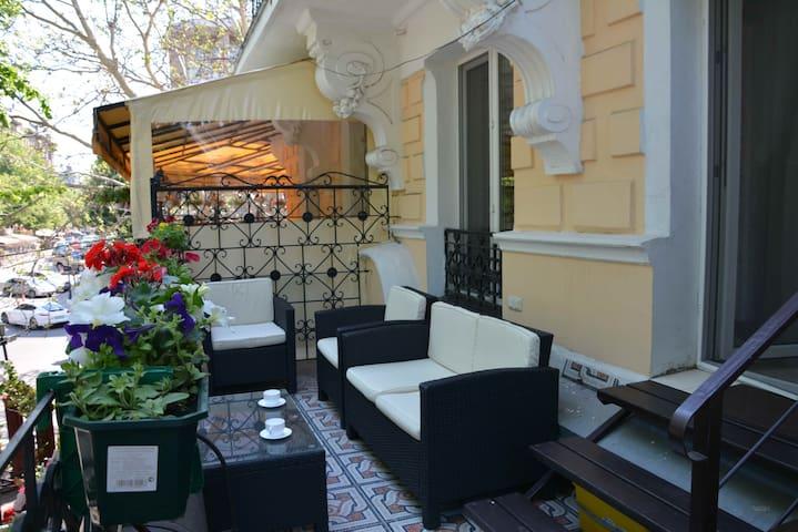 Квартира на Дерибасовской - Одесса - Apartment