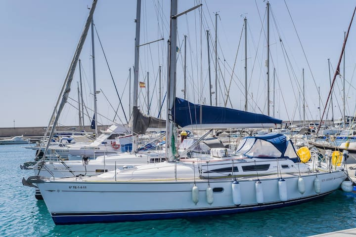 Yacht Brego - A Different Way To Stay!