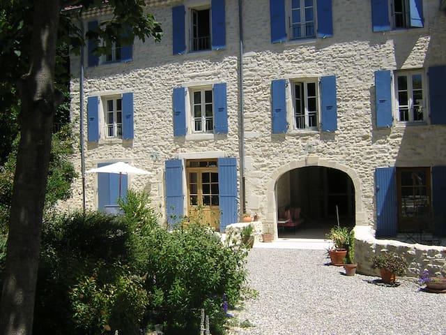 Gîte La Rialhe en Drôme Provençale