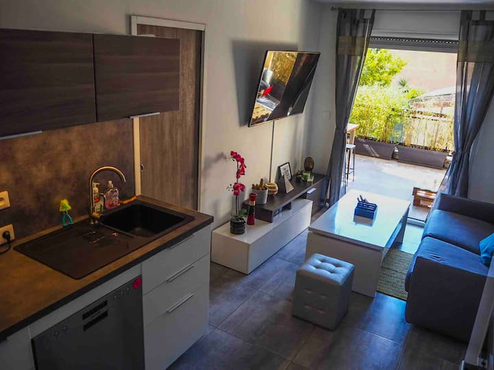 Apartment in the heart of village + car park