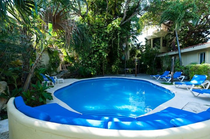 Villa,Playacar Phase 1, pasos mar