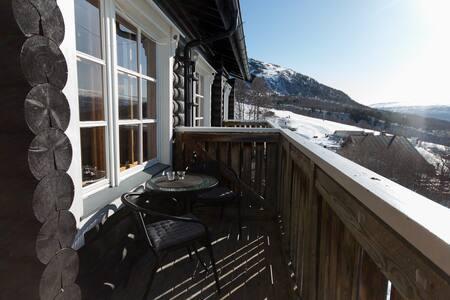 Koselig leilighet i Vangslia med utsøkt utsikt