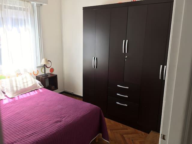 Dormitorio ppal/Master bedroom