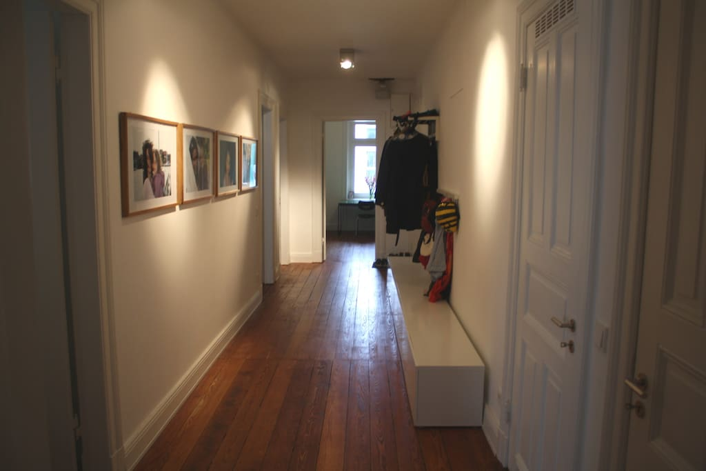 Flur - Corridor