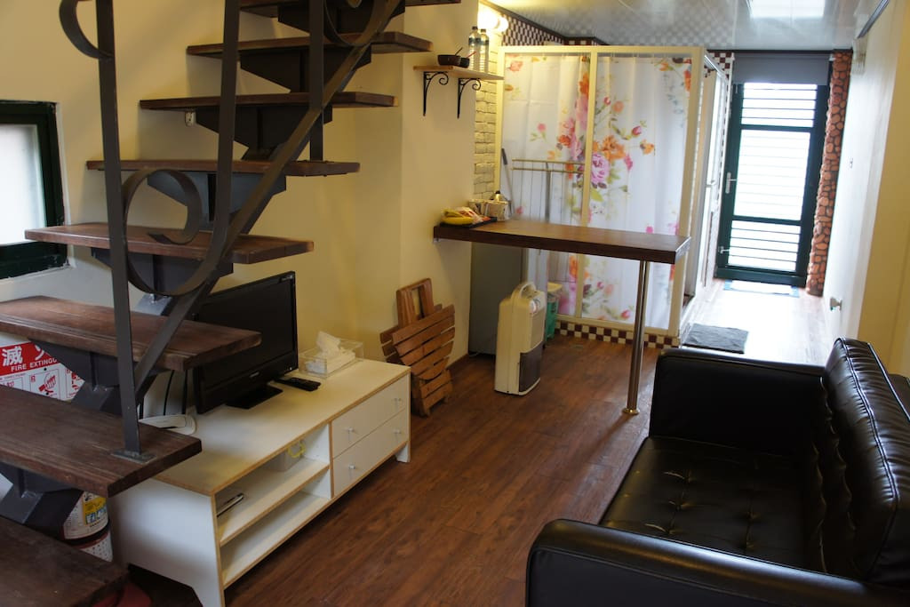 Walk Inn 3x3-Private SeaView HouseA - Houses For Rent In Ruifang District New Taipei City Taiwan