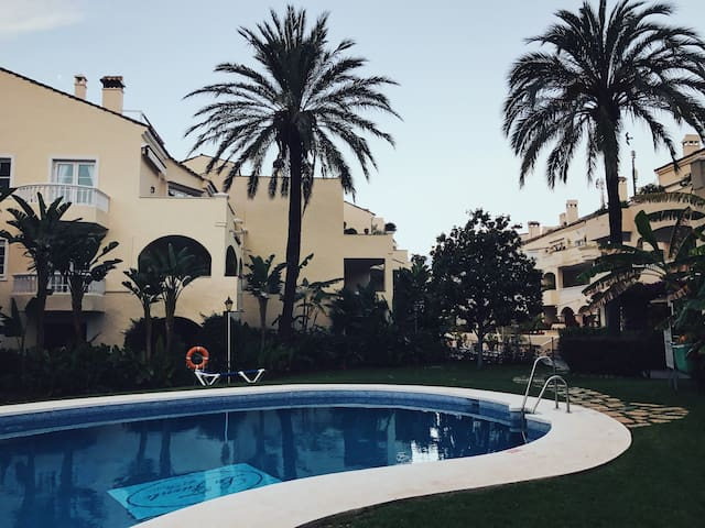 Просторные апартаменты в Андалусии, Испания