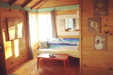 LongPoint Lodge - The Milly Cabin