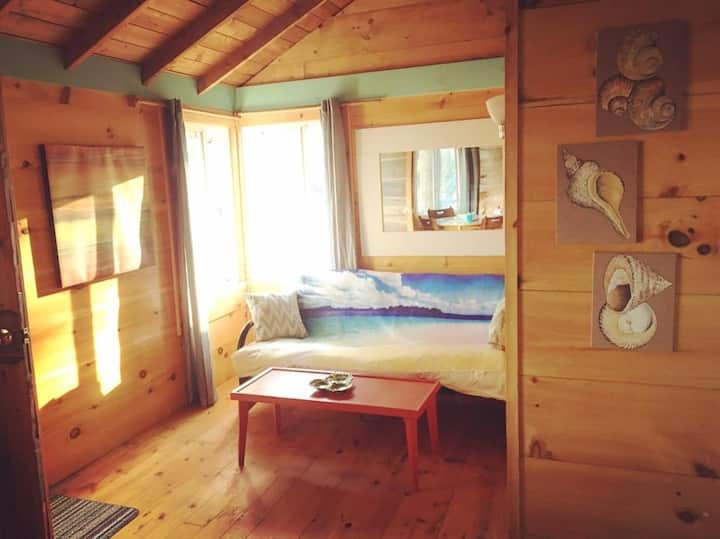 The Milly Cabin At LongPointLodge
