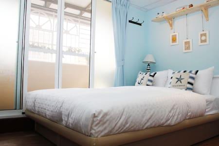 (高雄 PangKa 燕歸來)舒適雙人套房 近六合夜市 捷運美麗島站 - 台灣高雄市 - 公寓