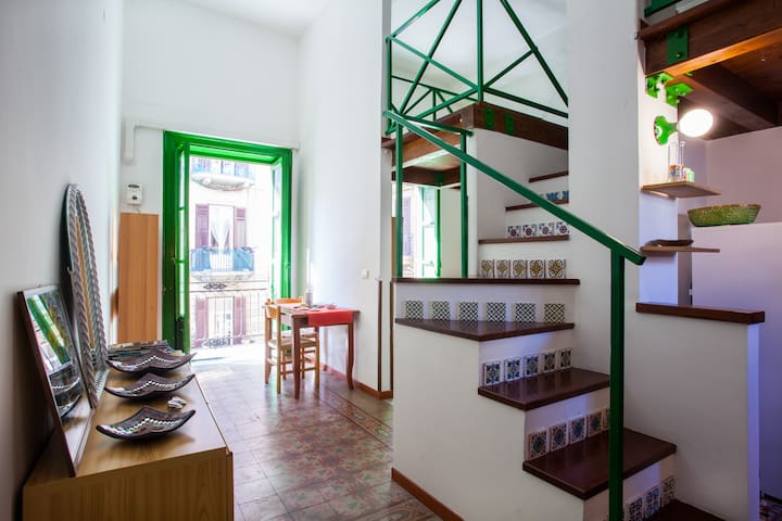Cosy Loft close to Central Station - Palermo - Appartement