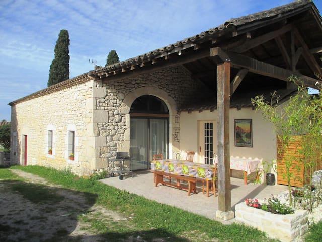 La « grange aux lutins » en Quercy  - SAINT MATRE - Ev