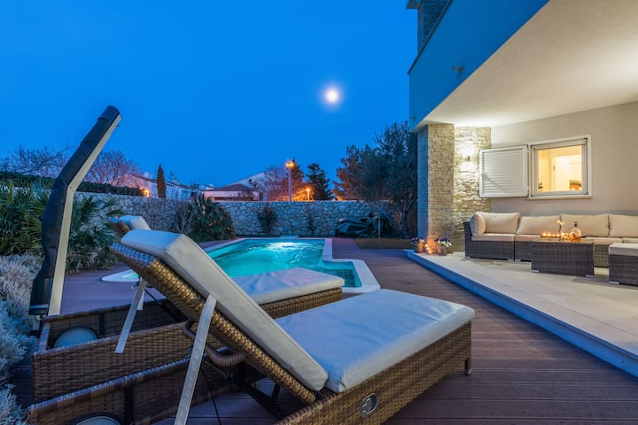 White Rose,amazing modern villa with private pool