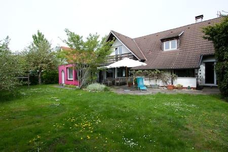 Haus mit großem Garten - Landsberg am Lech - Casa