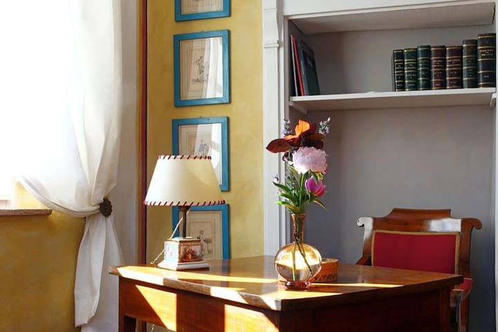 charming room in tuscany - Foiano della Chiana - Bed & Breakfast