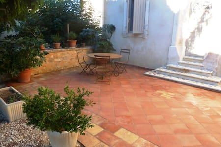 maison de village provençale - Boulbon