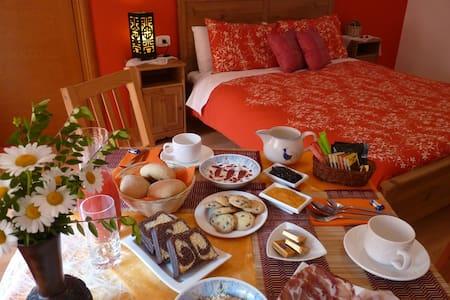 B&B MarcoLaura - A true Italian experience - Monasterolo del Castello - Bed & Breakfast