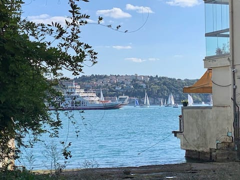 Enjoy luxury & warmth of culture by the Bosphorus