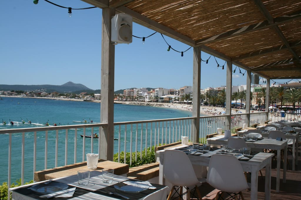 Dining with seaview in Javea