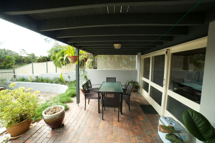 Self-contained unit, Brisbane - Jindalee - Daire