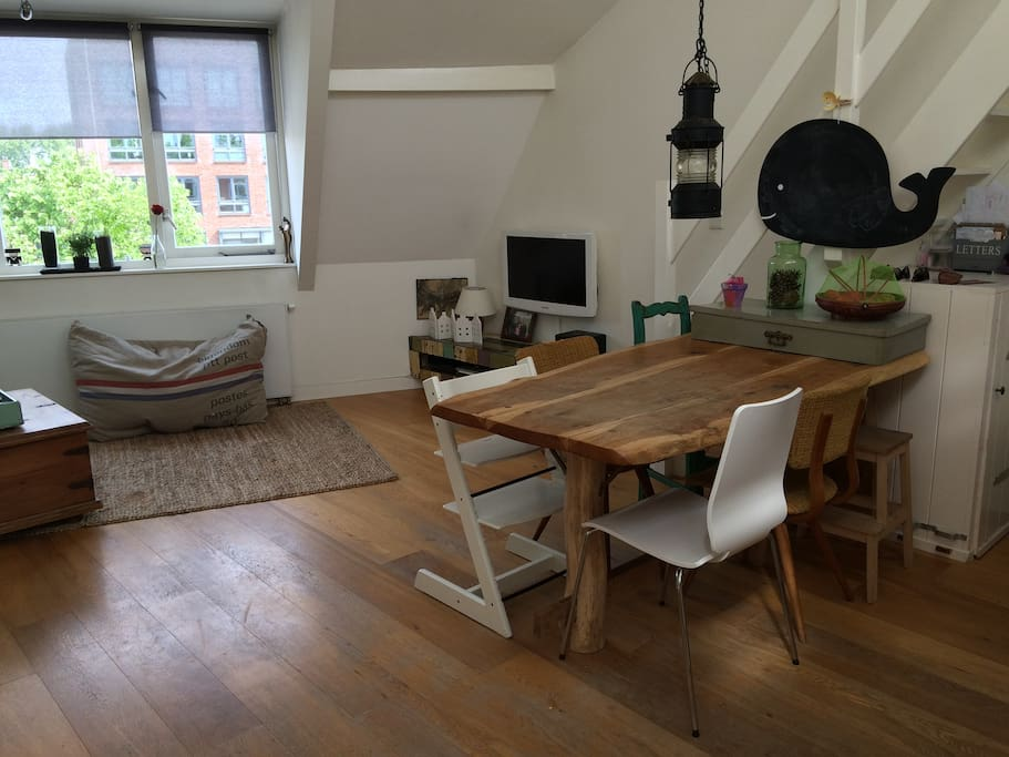 Living room and kitchen table