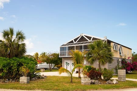 2-story Treasure, West Grand Bahama - West End