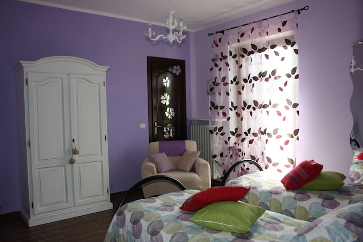 "Relax Farmhouse Room in the ""Langhe"" Cit Ni B&B - Rutte - Bed & Breakfast"