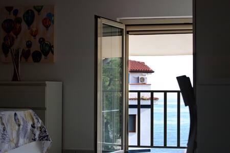 Villa Marina a Villammare-Vibonati-50m dal mare Ma