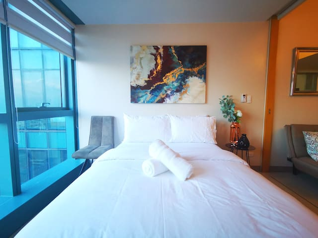 NEW: 1 BR in One Uptown Residence, BGC