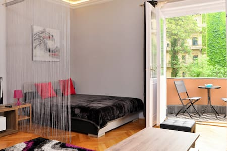 Lovely apartment, great location - Budapest - Apartment