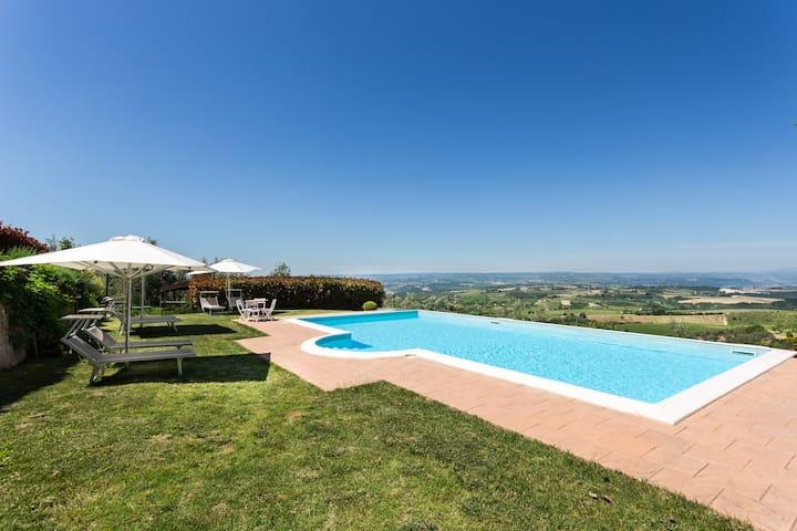 Appartamento su 2 livelli con piscina - Montecchio - Apartemen