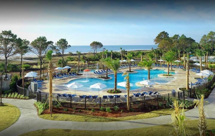 Full Ocean View Beach Front Resort 2BR Sleeps 6