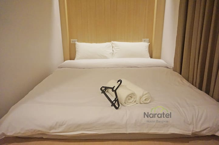 Naratel Hostel Bangkok (Private shared bathroom)