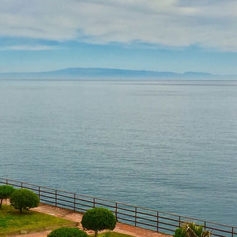 On the sea between Taormina, Etna  and Catania. - Acireale - Appartement