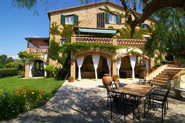 Costa Brava - Loft 1. in Finca from the 16th cent.