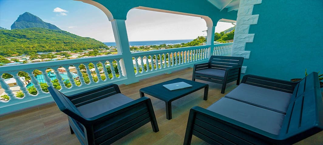 Sapphire 2 - $1M Pitons, Ocean & Town Views!! Woww