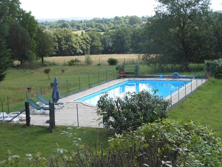 Maison rustique avec piscine privée 8 personnes