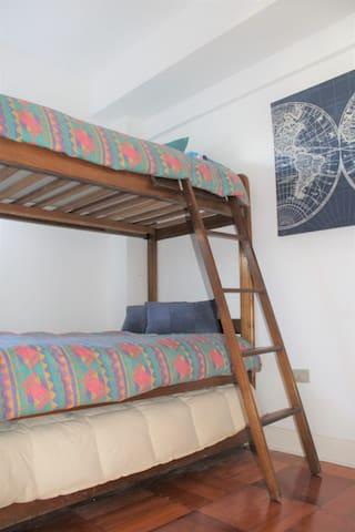 Tercer Dormitorio con capacidad para 3 personas
