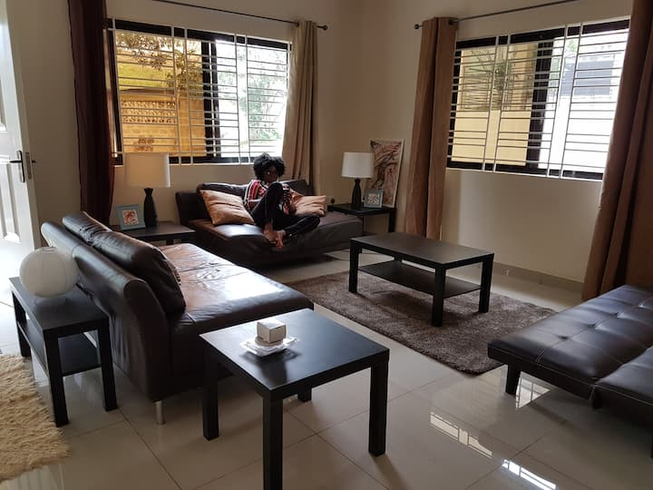 Portersville. Luxurious 1 bed Villa. Wifi Hotwater