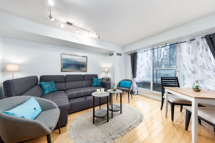 Entertainment Dist. 1 BR +Sofabed - CN Tower, MTCC