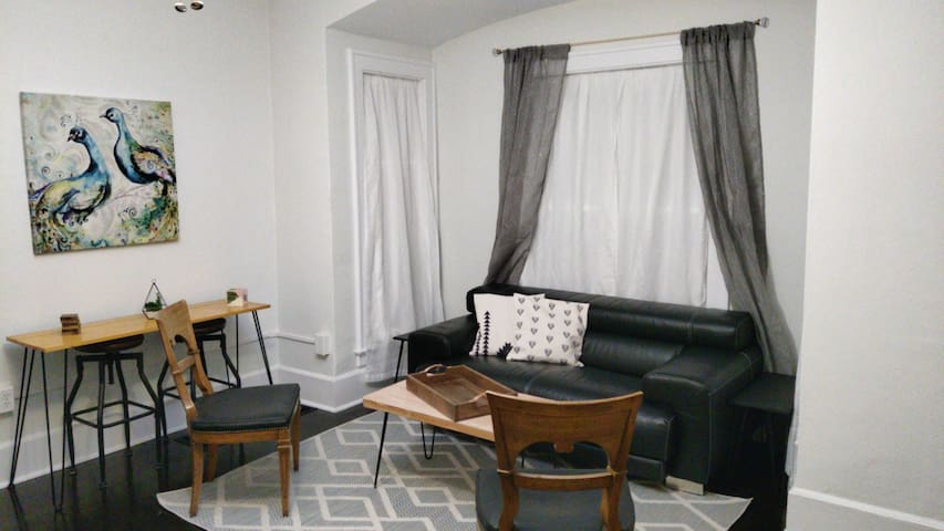 Private, quiet, and clean room close to Downtown!