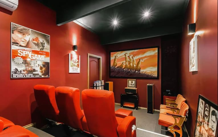 Enjoy a Cinema experience, multiple living areas!
