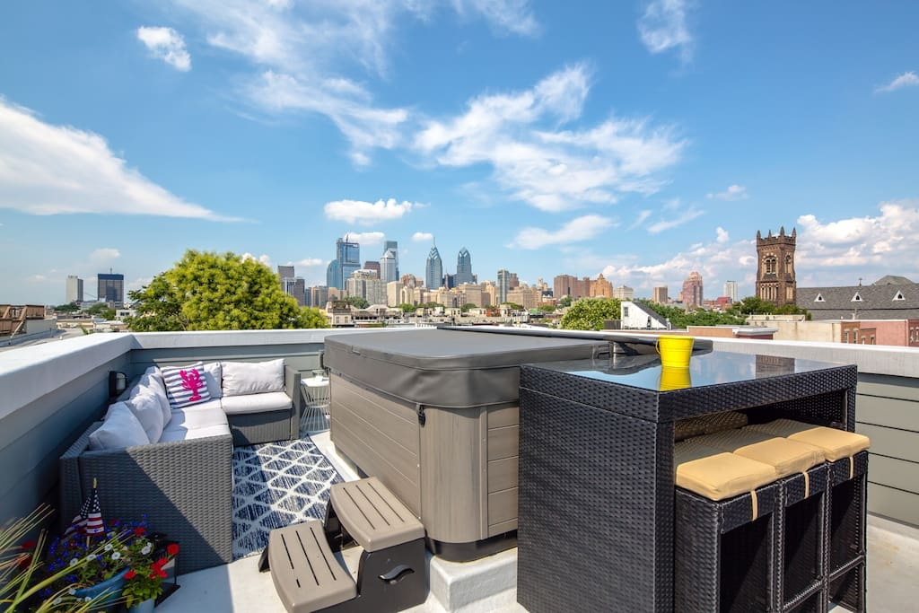 Relax up on the roof with great views of the city!