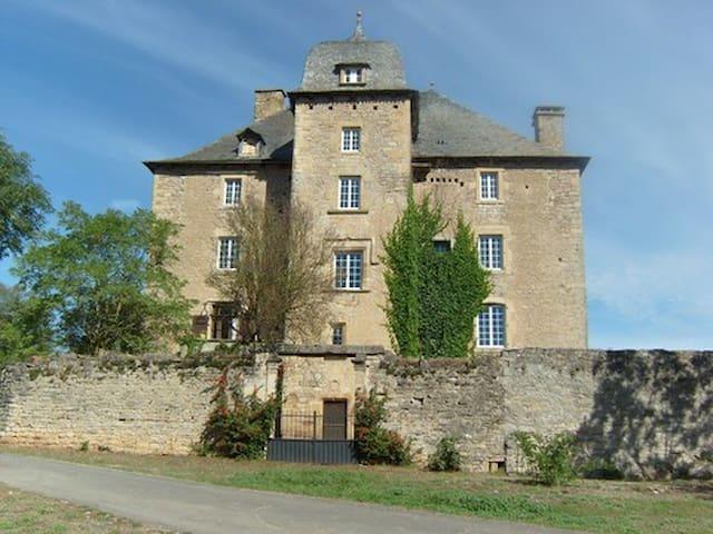 Le  gîte du Château de Grun  (12 personnes)